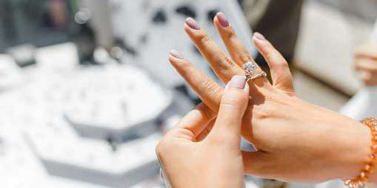 Purchase the Beautiful Wedding Ring from AlexandCompany
